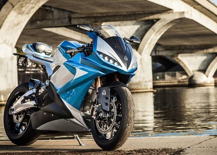 LS-218 : la superbike électrique la plus rapide du monde prend son élan en production