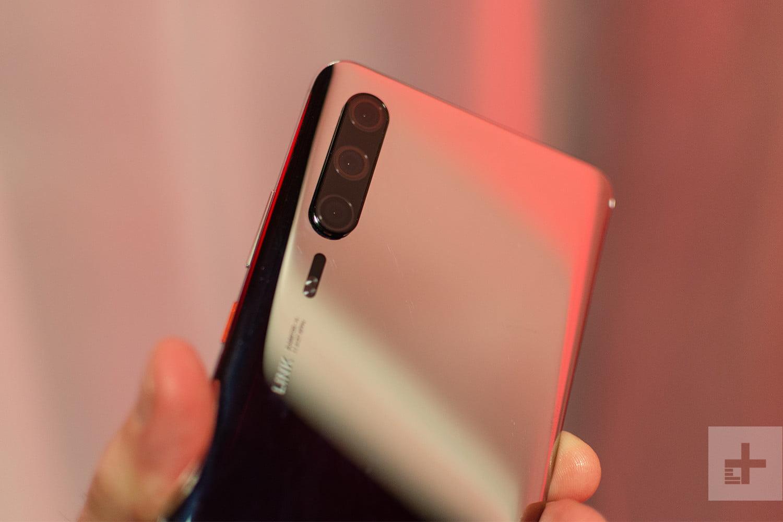 Huawei P30 : un prototype du smartphone se cache au MWC 2019