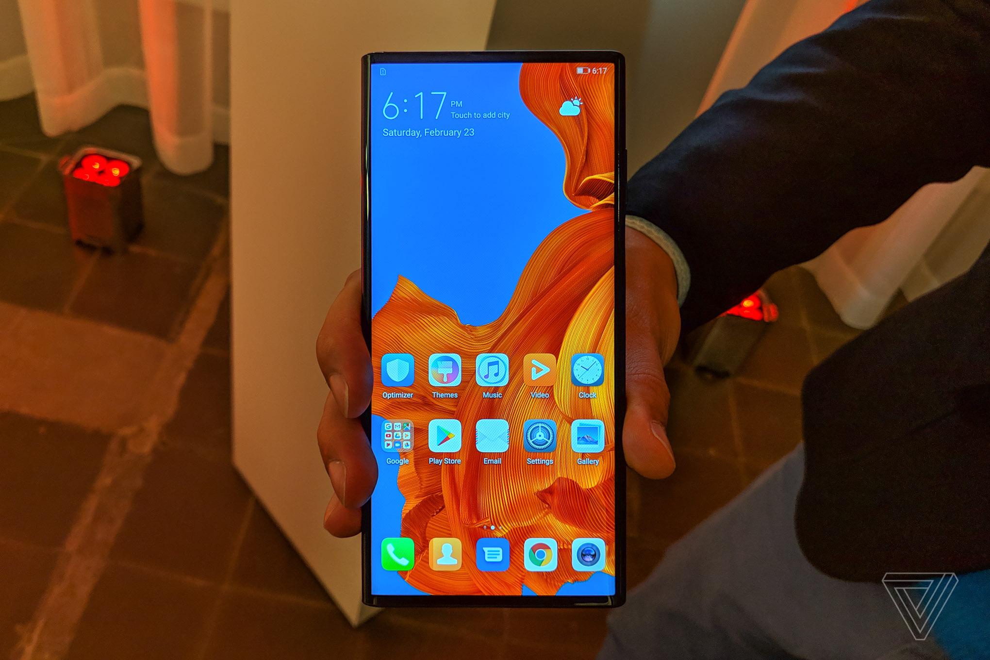 Le Huawei Mate X aura l'exclusivité sur la charge rapide 55W pendant un moment – MWC 2019