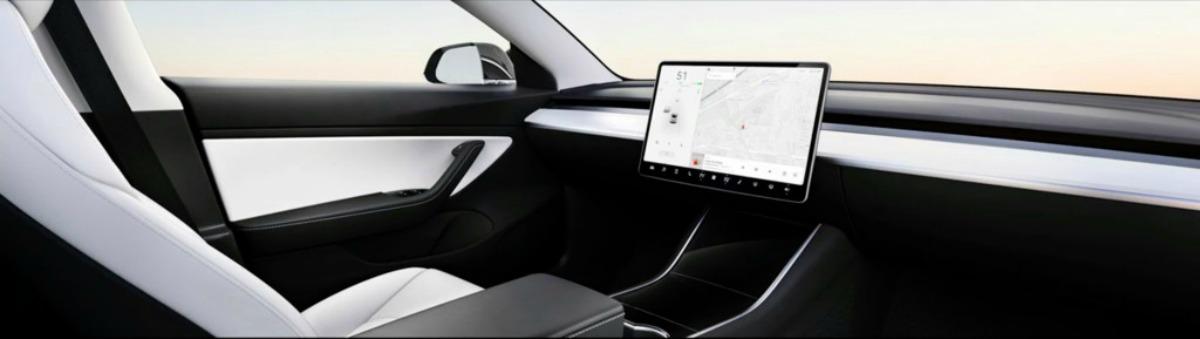 Puce maison, robots-taxis, voiture sans volant : Tesla dévoile ses ambitieux objectifs sur les voitures autonomes