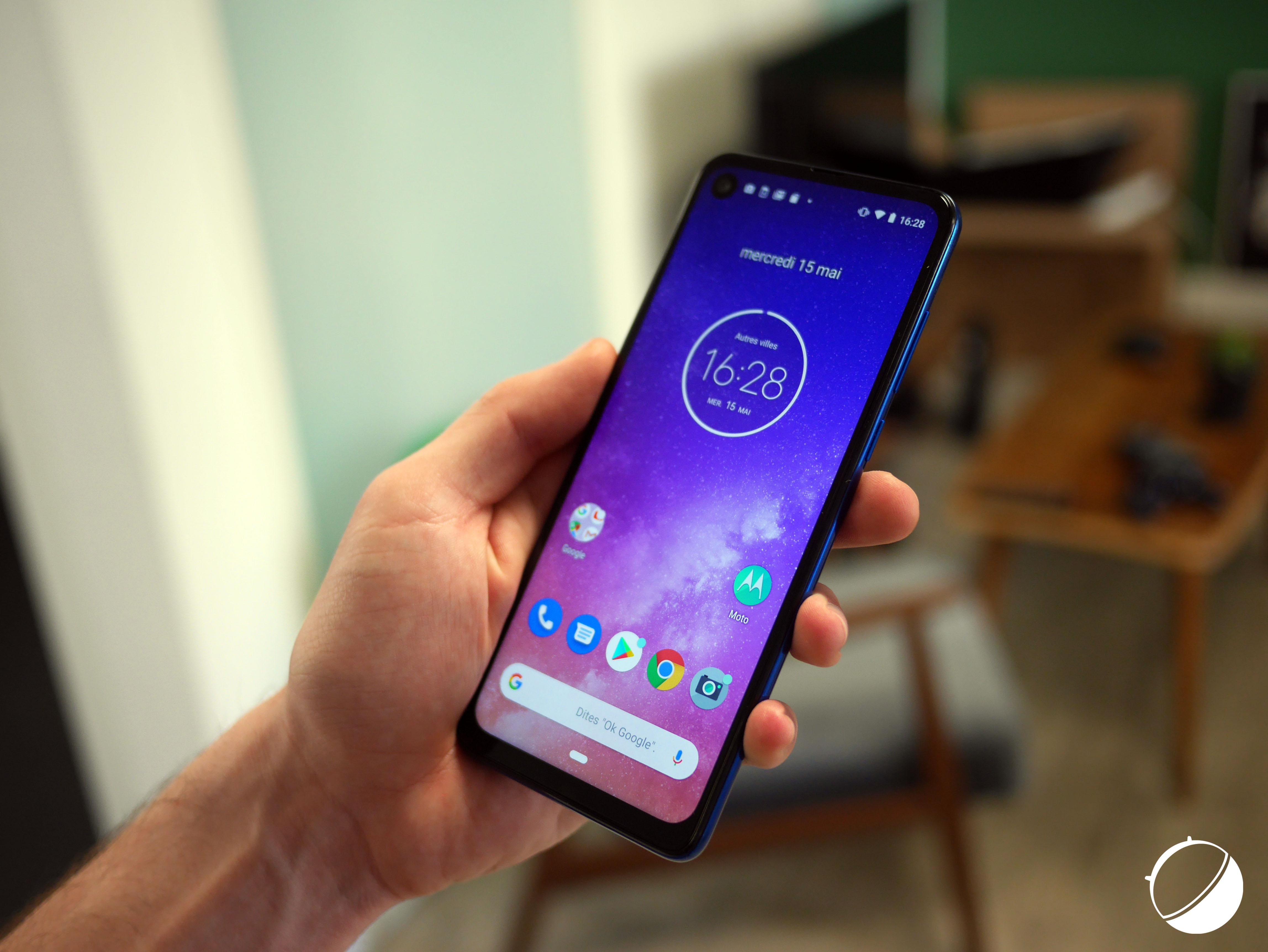 Motorola One Vision officialisé : écran percé, 21:9 et Android pur à prix abordable