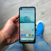 Test du Motorola One Vision : un point de vue original