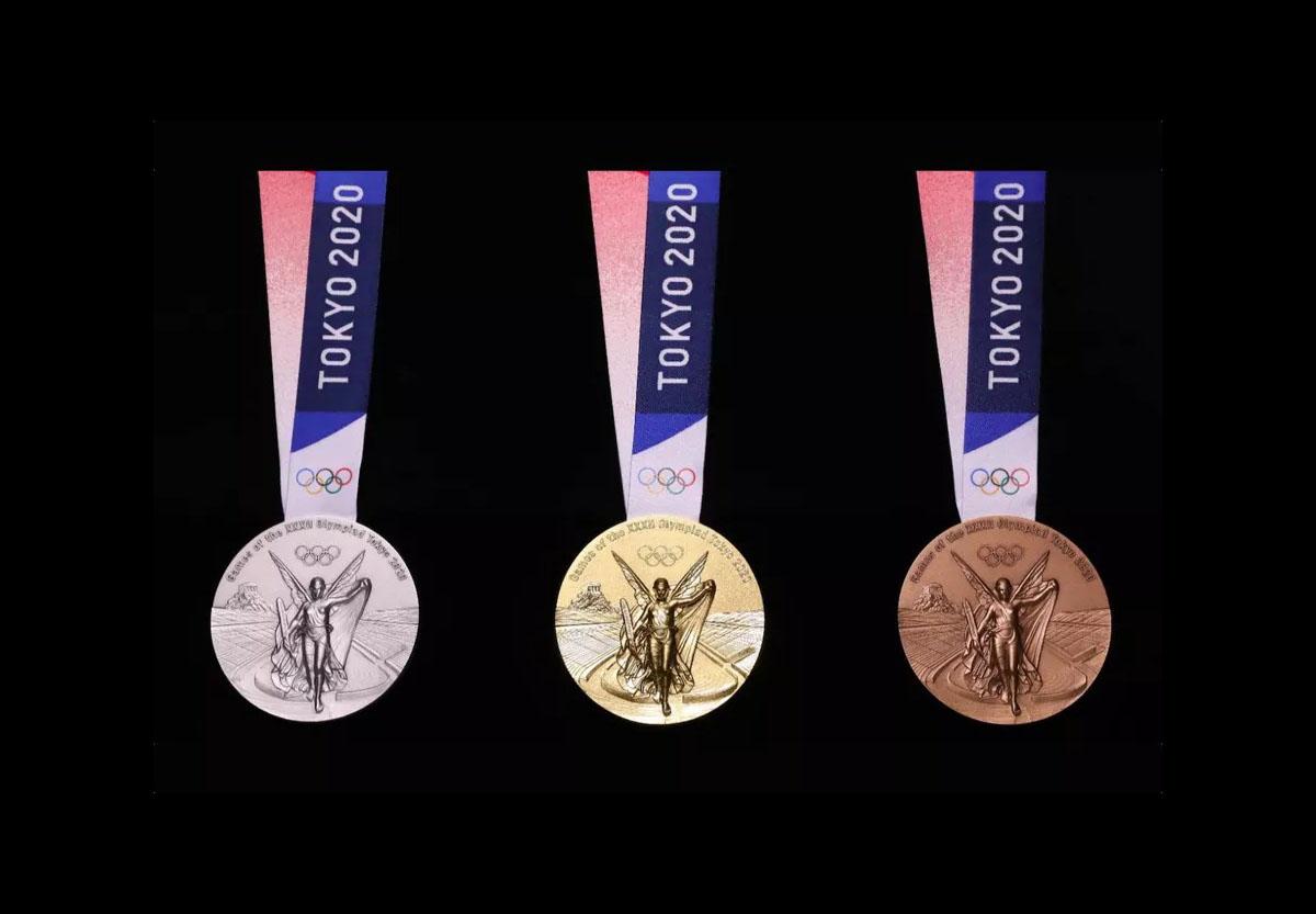 Voici des smartphones transformés en médailles olympiques pour les JO 2020 de Tokyo