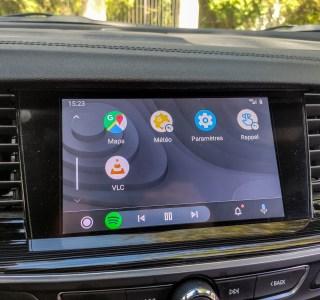 Android Auto s'habille désormais de fonds d'écrans personnalisables