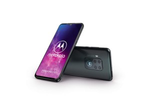 Motorola One Zoom : au revoir Android One, bonjour Amazon Alexa