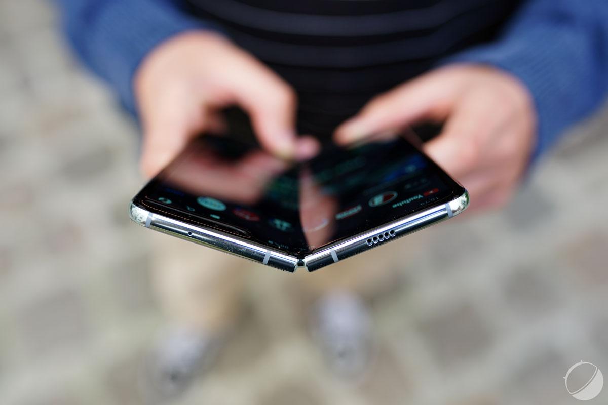 Samsung lancerait deux smartphones pliables d'ici cet été