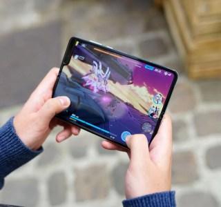 Le Samsung Galaxy Fold 2 serait doté d'un stylet et d'un grand écran externe