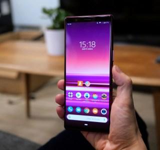 Sony Xperia : un smartphone 21:9 à écran percé attendu au MWC 2020