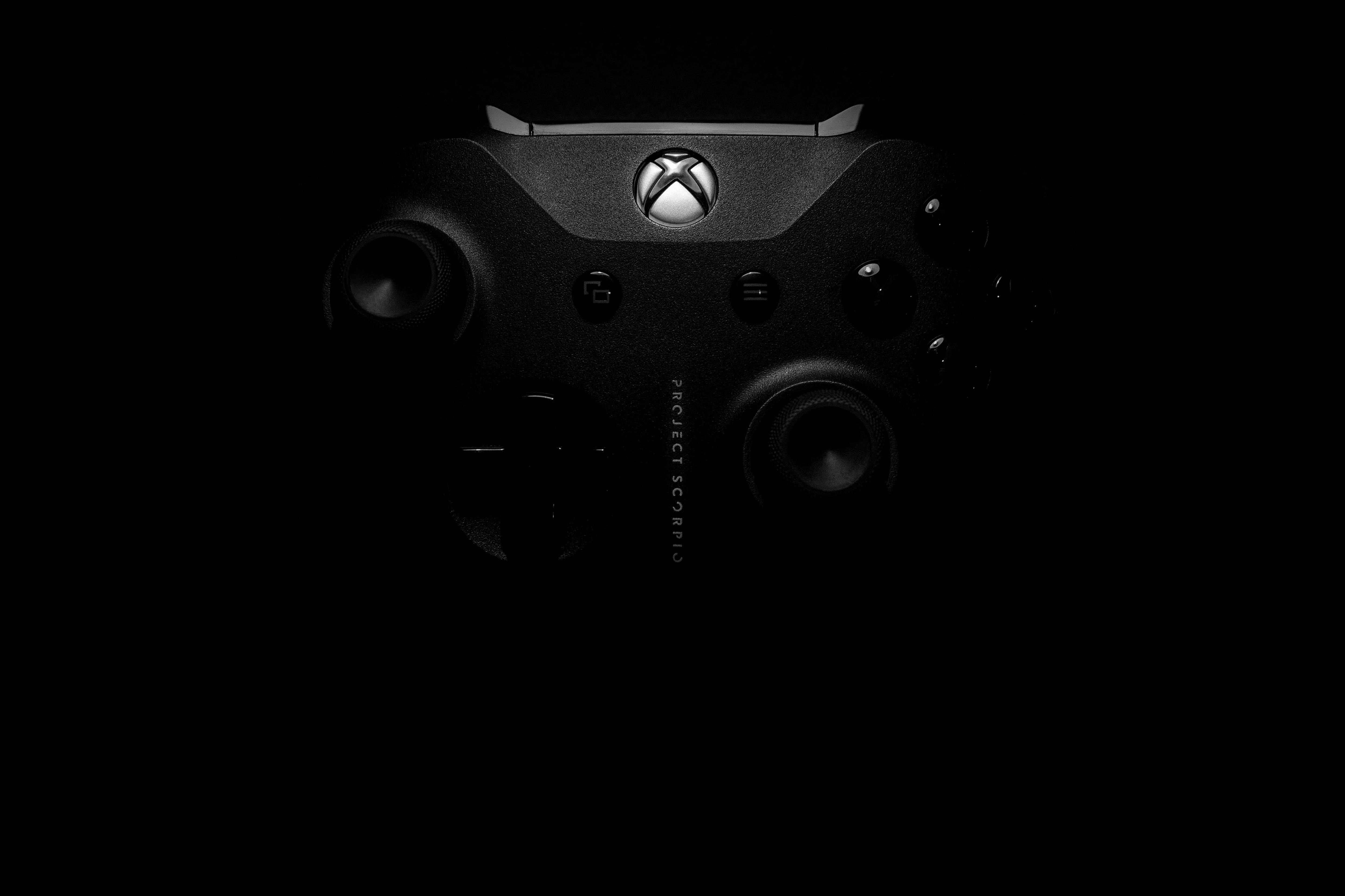 La Microsoft Xbox One X, la plus puissante des Xbox pour le moment, est à son plus bas prix