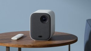Xiaomi Mi Smart Compact Projector officialisé en France : prix et disponibilité