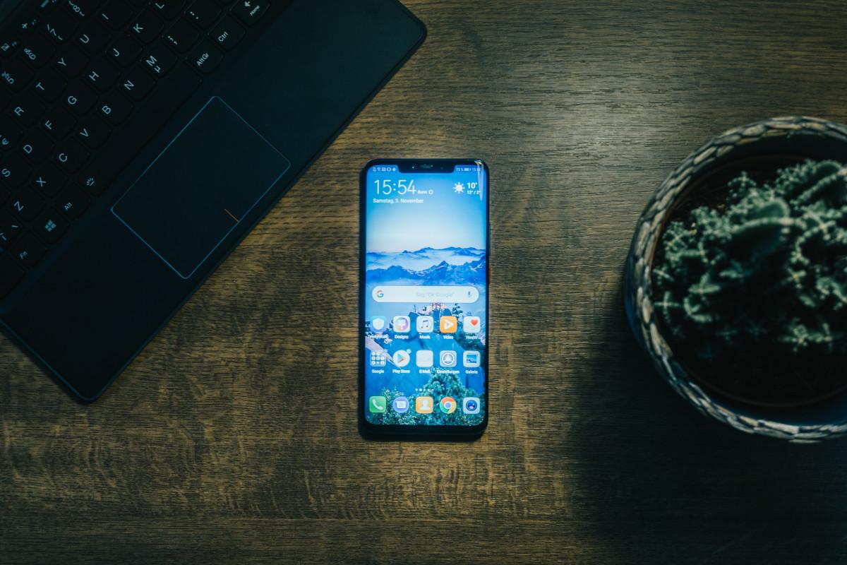 Huawei dégringole en France, Samsung, Apple et Xiaomi en profitent, selon Canalys