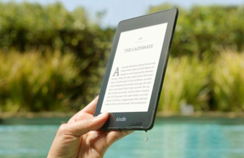 Amazon brade ses liseuses Kindle pour vous faire lire à la plage cet été