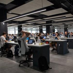Microsoft confie l'info à l'intelligence artificielle, plusieurs journalistes sont licenciés