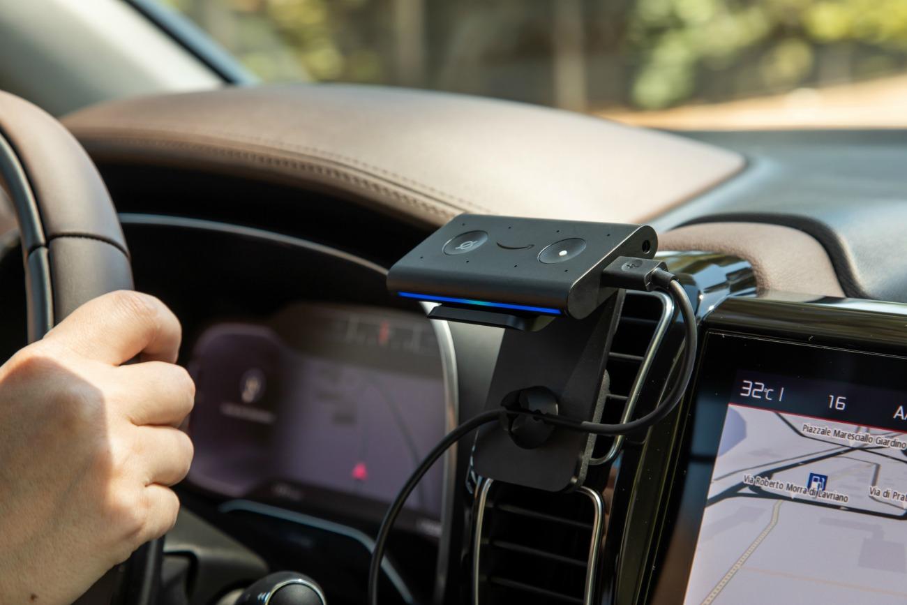 Amazon Echo Auto débarque en France pour contrôler votre véhicule avec la voix