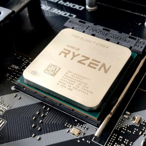 À l'heure, AMD lancera en 2021 son architecture Zen 4 gravée en 5 nm