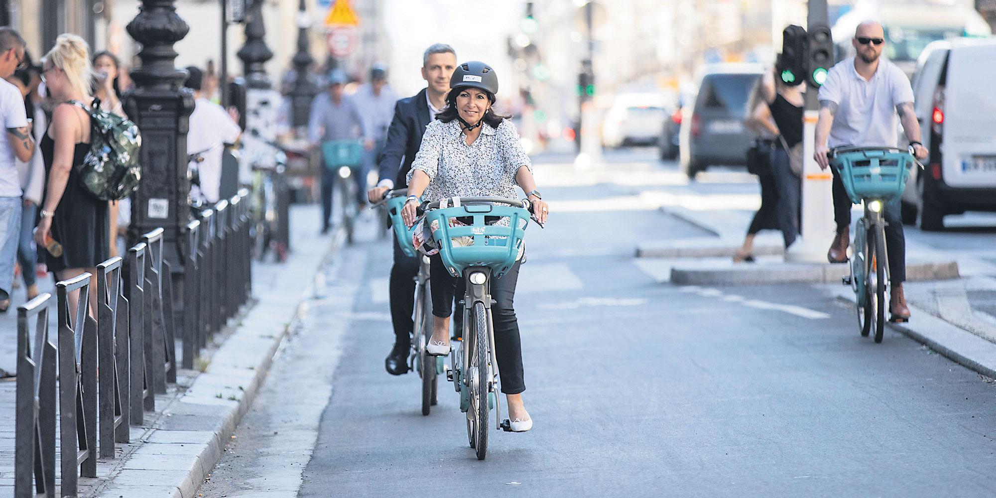 Masque à vélo et en trottinette électrique: est-il obligatoire à Paris et en petite couronne?