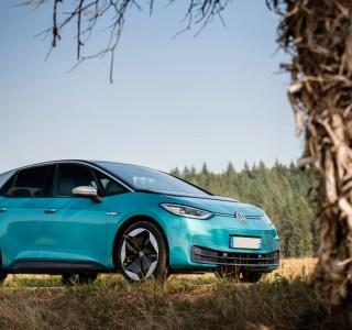 La VolkswagenID.3 baisse à son tour son prix pour contrer la Tesla Model3