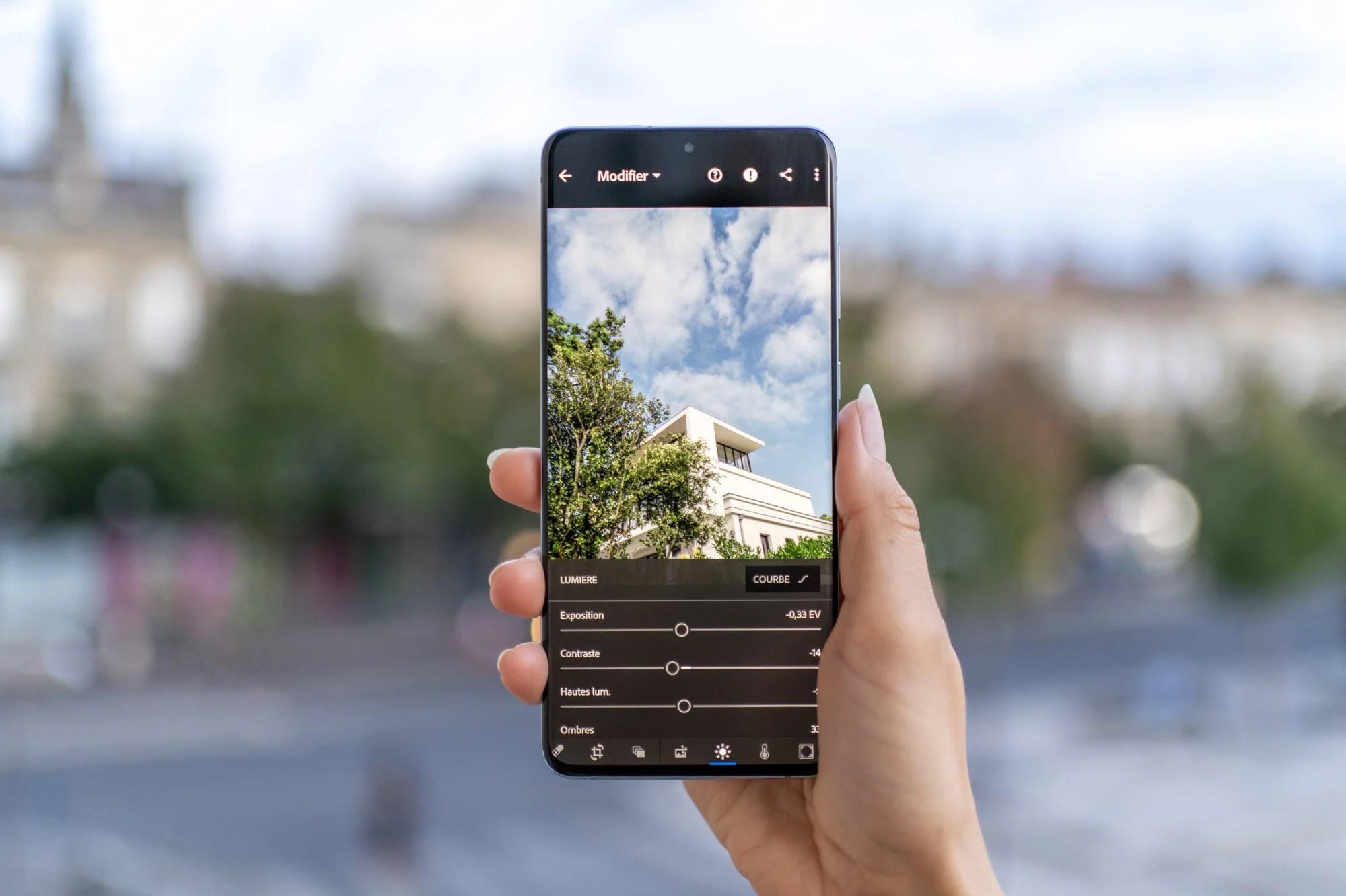 Snapseed, Lightroom : nos astuces pour se mettre à la retouche photo sur smartphone