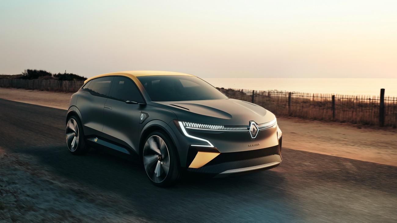 Renault Mégane eVision : découvrez l'habitacle connecté et épuré de la compacte électrique