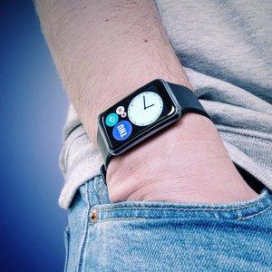 Test de la Huawei Watch Fit : la montre connectée qui se prend pour un bracelet