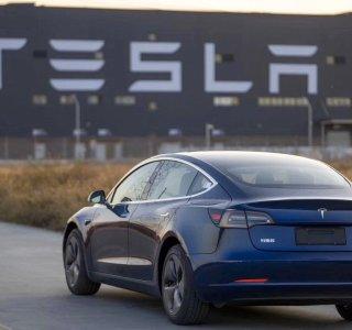 Les futurs véhicules de Tesla pourraient profiter d'une réduction bruit signée Bose
