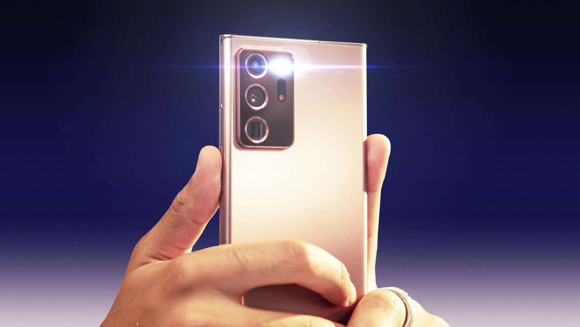 Prendre des photos avec le flash de son smartphone: quand et comment l'utiliser?