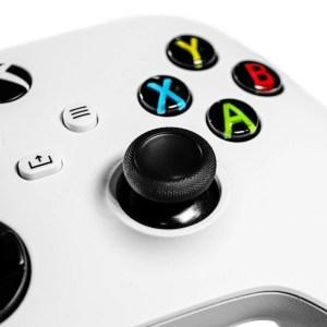 Le prix de la manette sans fil Xbox Series passe de 59,99 € à 43,99 €
