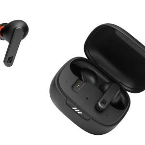 CES 2021: JBL annonce deux casques et une paire d'écouteurs pour sa gamme Live