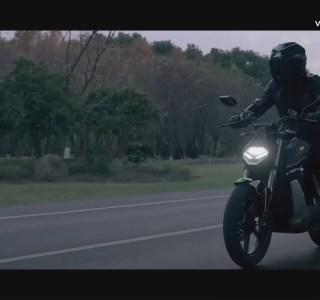 Super Soco présente deux motos et un scooter électriques: look sportif et usage urbain au menu
