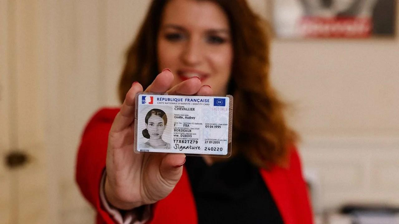 Carte nationale d'identité électronique (CNIe) : 5 questions et leurs réponses pour tout savoir