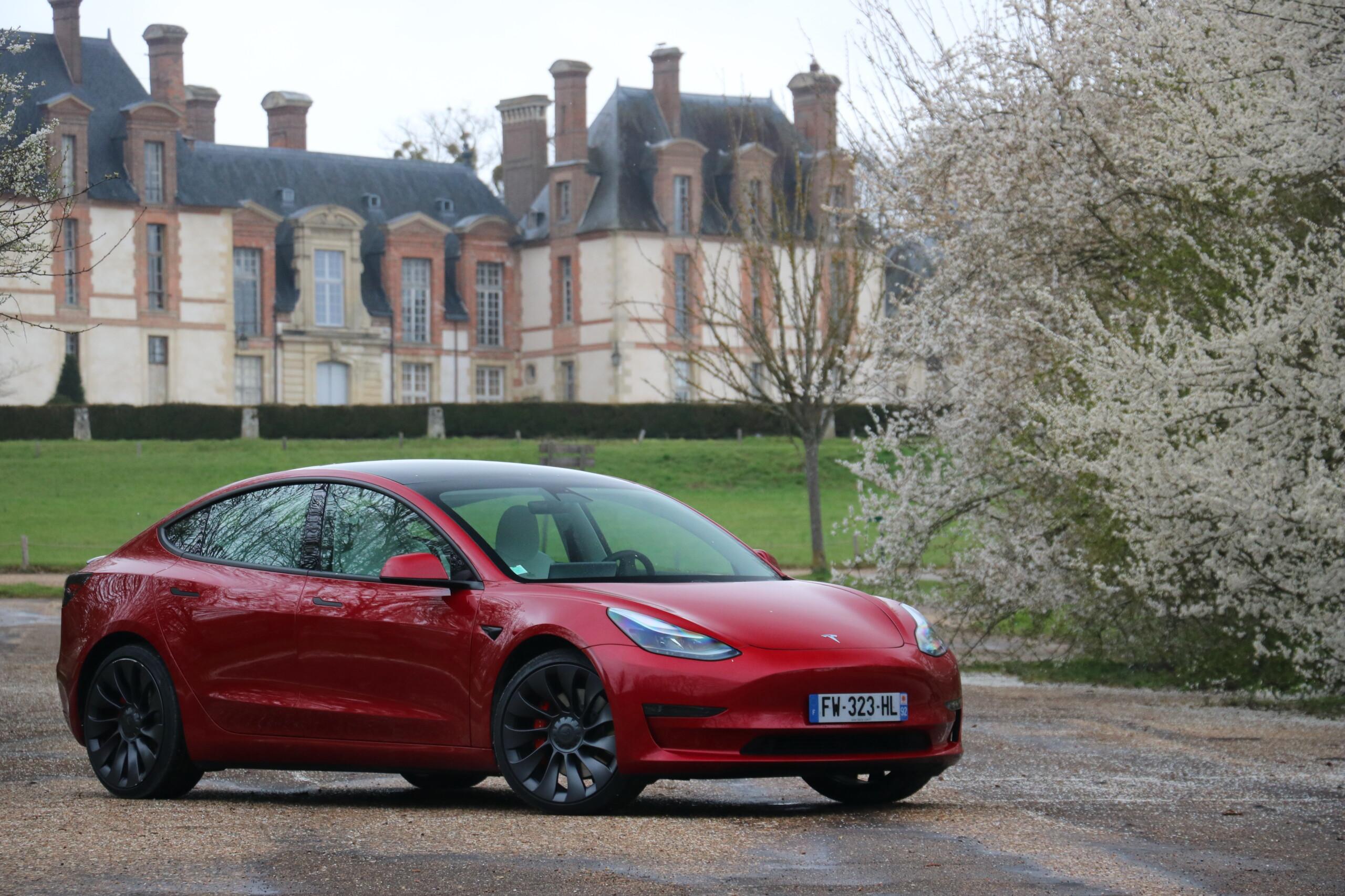Indétrônable, la Tesla Model3 domine l'Europe sans partage depuis début2021