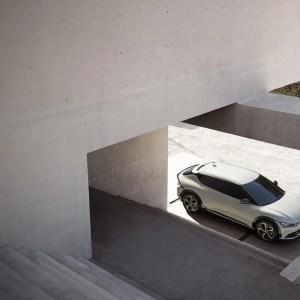 KiaEV6: découvrez son design intérieur aussi spacieux qu'épuré