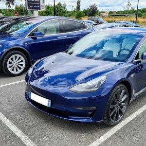 Voitures Tesla: tous les problèmes à connaître avant un achat