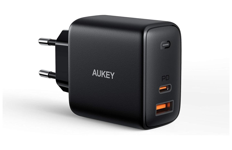 Ce puissant chargeur 65 W avec 2 ports USB est à -40 % sur Amazon