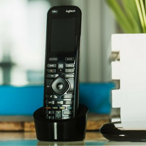 Logitech Harmony : Google, Apple, Amazon et le HDMI-CEC ont tué la télécommande universelle