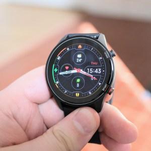 La montre connectée premium Xiaomi Mi Watch est presque à moitié prix