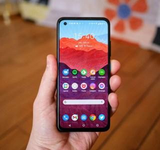 Test de l'Asus Zenfone 8 : un vrai smartphone haut de gamme dans un petit format