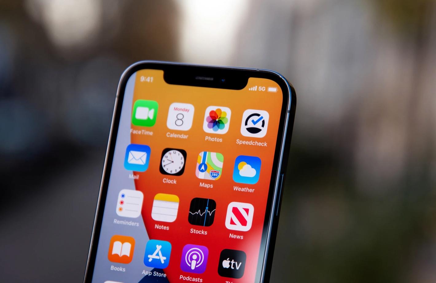Les premiers modems 5G signés Apple arriveraient sur l'iPhone dès 2023