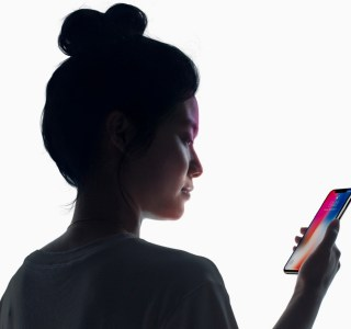 Avec tvOS 15 il sera possible de s'authentifier avec Touch et Face ID