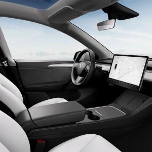Si vous conduisez mal, Tesla ne vous laissera pas essayer sa conduite autonome