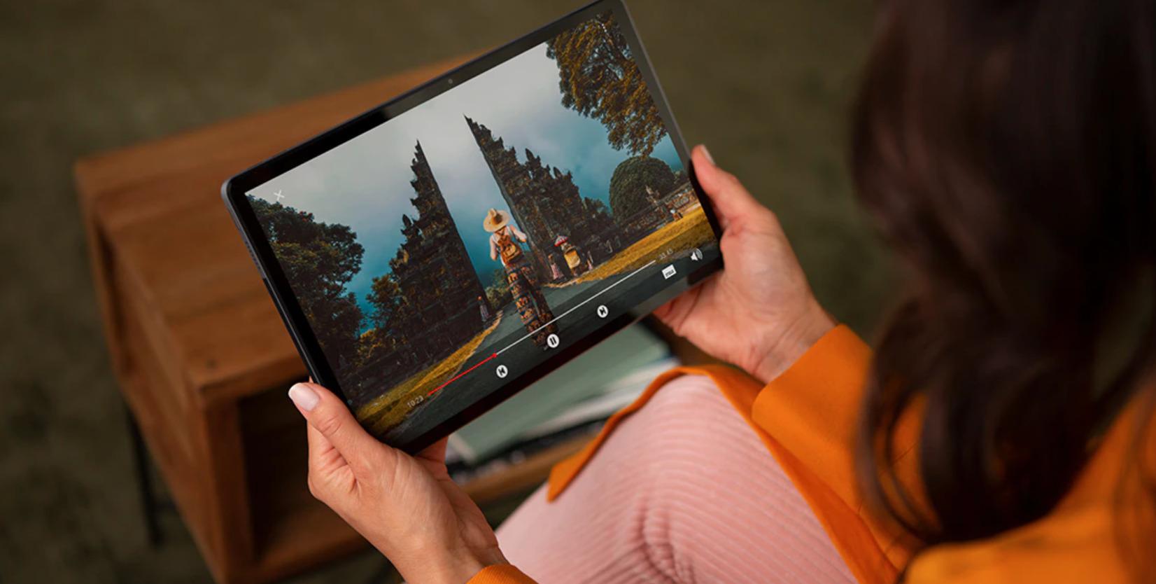 Lenovo Tab P11 : la tablette livrée avec un dock est au meilleur prix sur Amazon