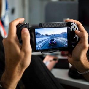 Avec la manette Nacon MG-X, profitez confortablement de tout le catalogue Xbox Game Pass sur mobile