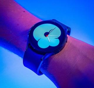 Test de la Samsung Galaxy Watch4: même sans lunette rotative, elle vise dans le mille