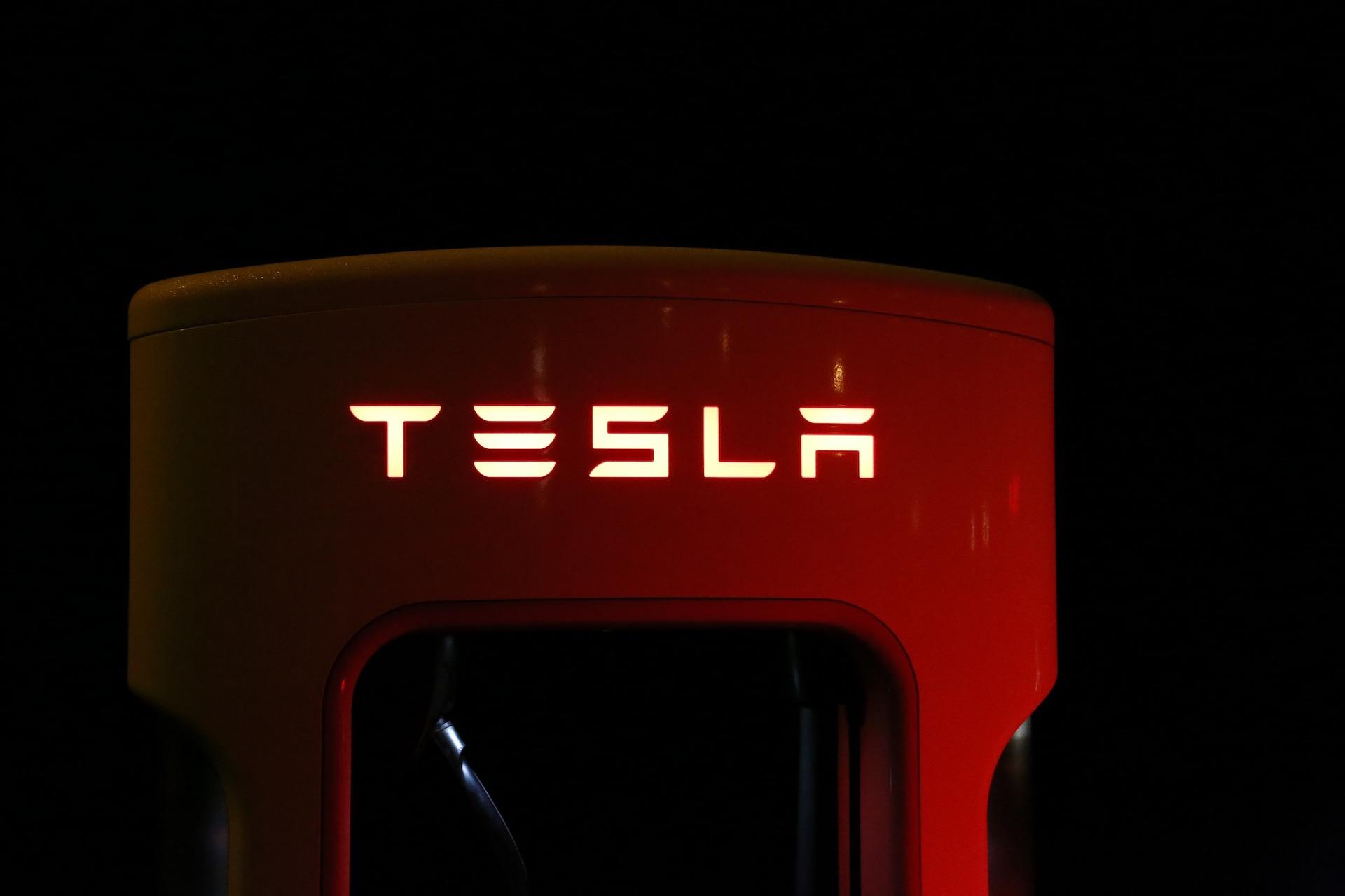 Tesla: ses Superchargeurs vont entrer dans une nouvelle ère