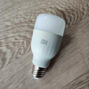 L'ampoule connectée de Xiaomi est enfin de retour à moins de 10 € l'unité