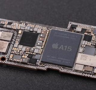 Pourquoi le processeur Apple A15 des iPhone 13 surclasse ses concurrents Android