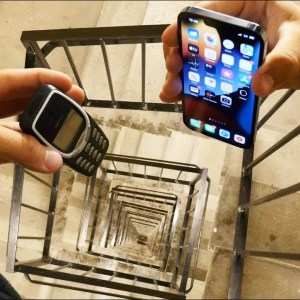 iPhone 13 Pro vs Nokia 3310 : lequel est le plus résistant ?