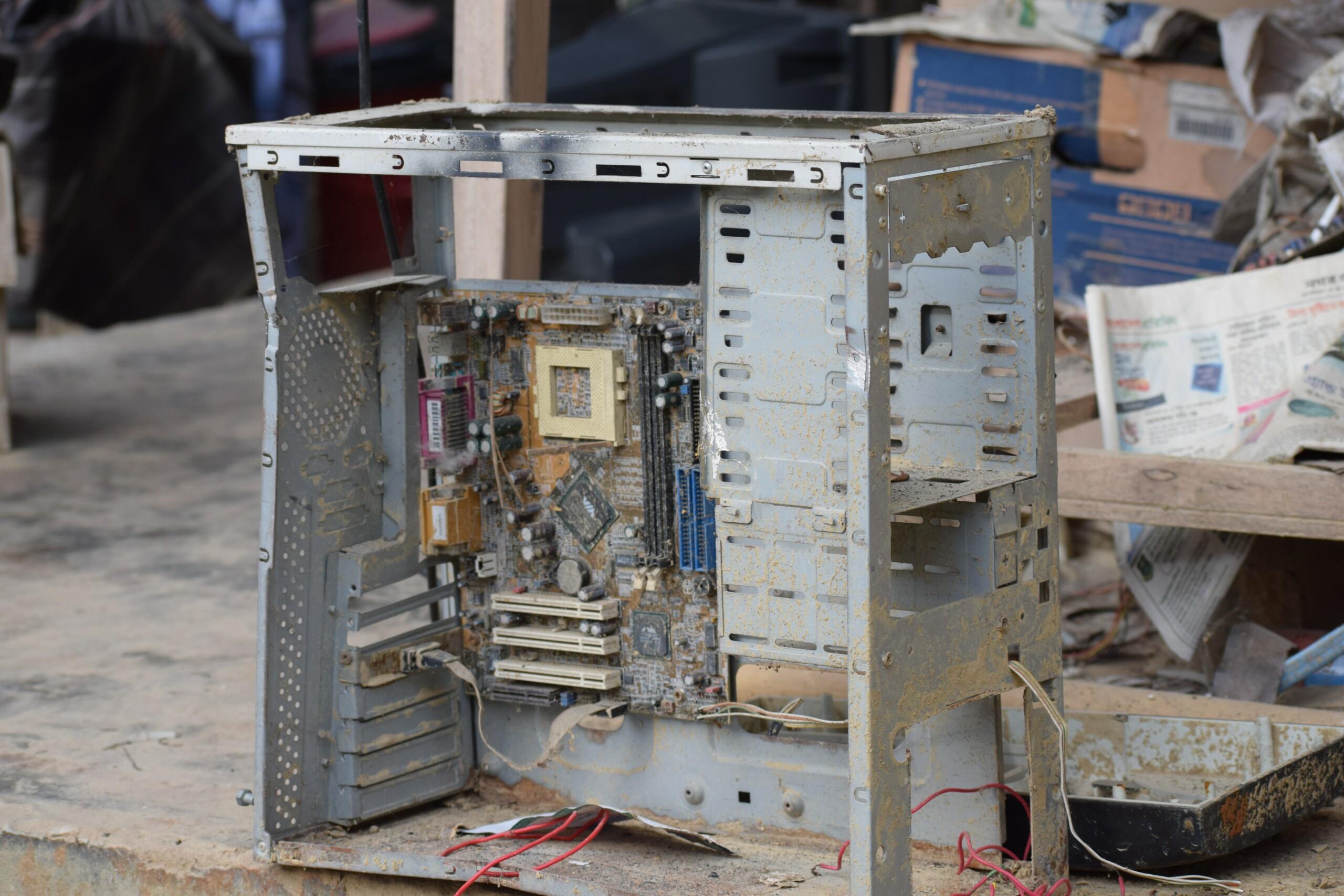 Et si on installait Windows 11 sur un PC Pentium 4 vieux de 16 ans ?
