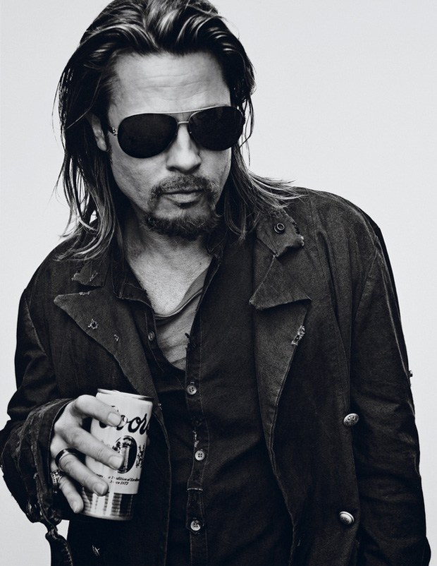 Brad Pitt pour Interview Magazine : le photoshoot aux milles visages