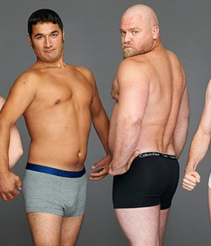 hommes-lambda-posent-mannequins
